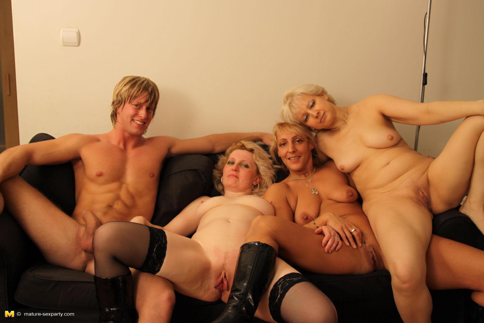 seks-gruppa-mam